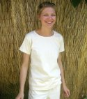 Short Sleeve Scoop Neck Tee in Natural